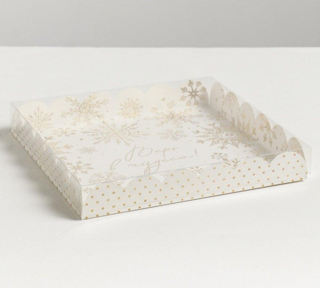 Коробки для кондитерских изделий: Коробка для кондитерских изделий с PVC крышкой «Нежность», 21 × 21 × 3 см в ТортExpress