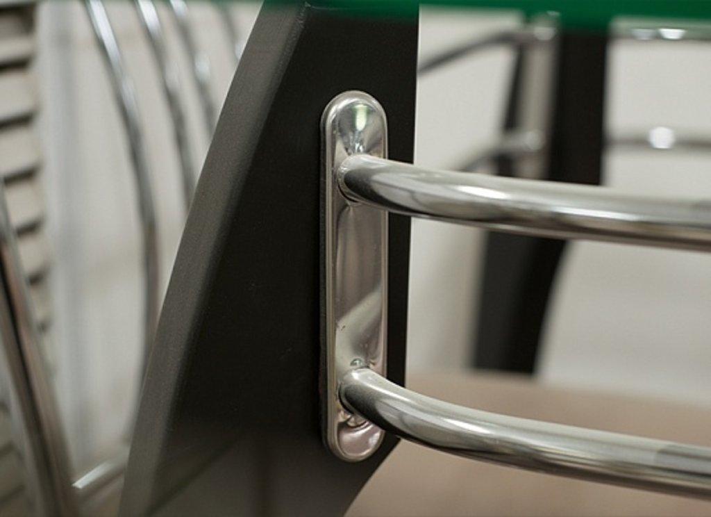 Столы кухонные: Стол СС стекло прозрачное (хром+дерево) в АРТ-МЕБЕЛЬ НН