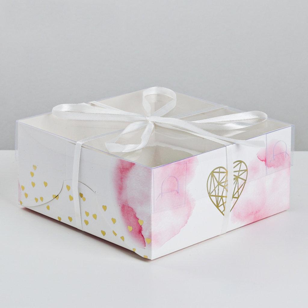Коробки для капкейков: Коробка для 4 капкейков Love, 16 × 16 × 7.5 см в ТортExpress