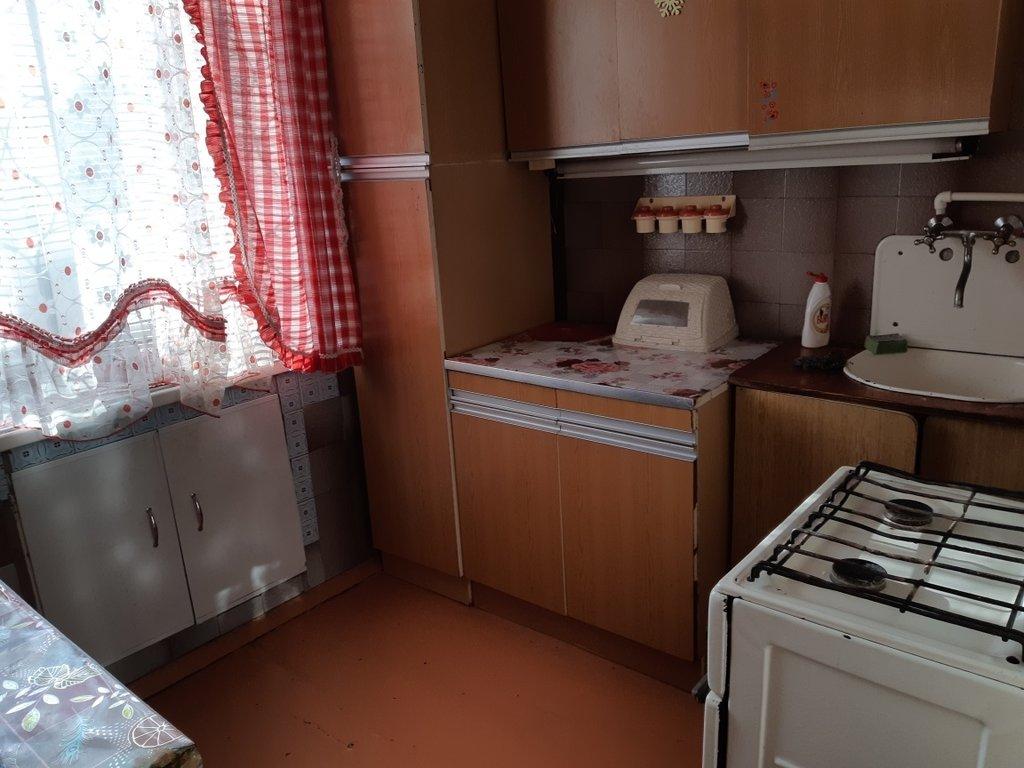 2-комн. квартира: г. Орск, ул. Макаренко, д. 21 в Континент