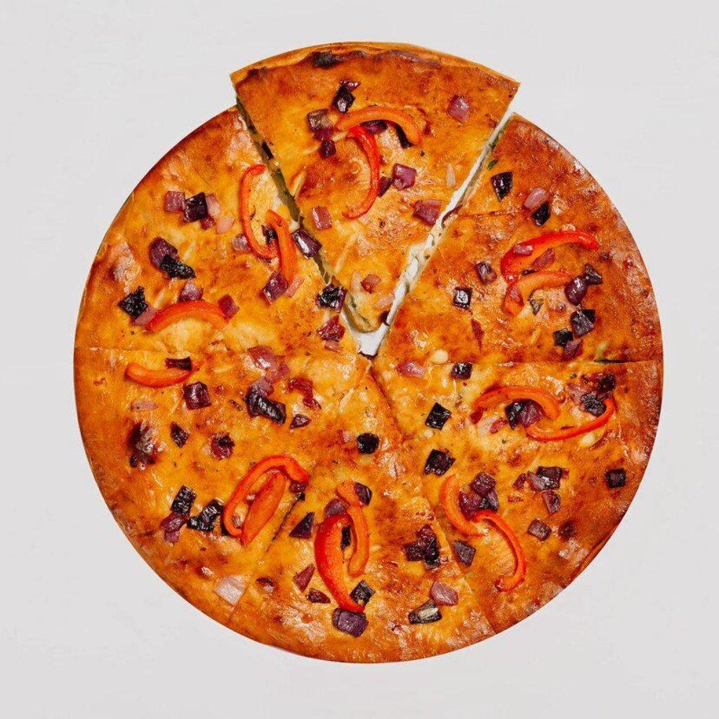 Пицца фирменная закрытая: Куриные кусочки и Брокколи в Сбарро