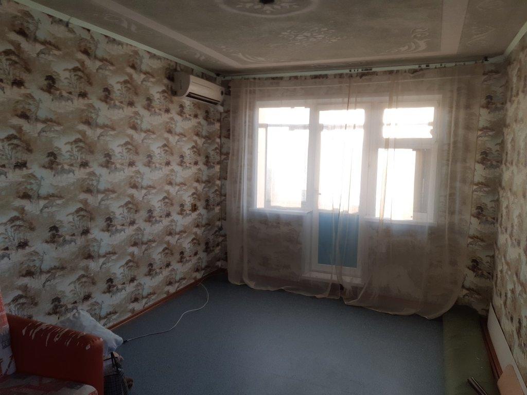 2-комн. квартира: г. Орск, ул. Новосибирская, д. 18 в Континент