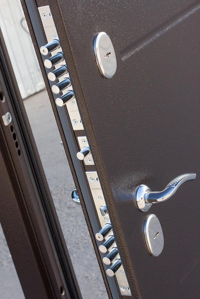 Двери с терморазрывом Isoterma: Isoterma медный антик Лиственница мокко в Модуль Плюс