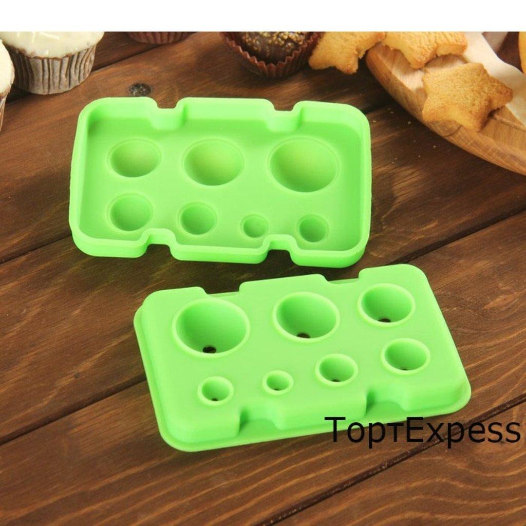 Пластиковые формы для шоколада: Форма для шоколада Шарики 2 части 13х8,5см в ТортExpress