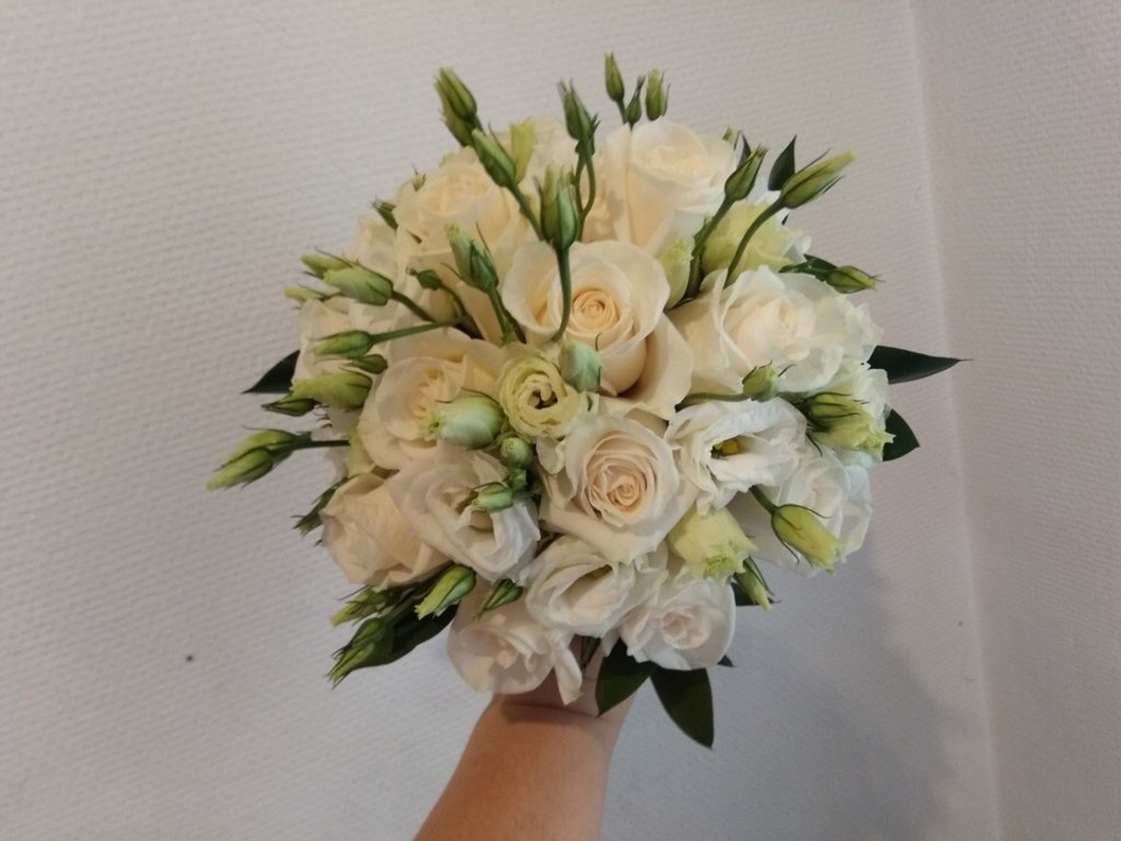 Свадебная флористика: Букет невесты в Николь, магазины цветов