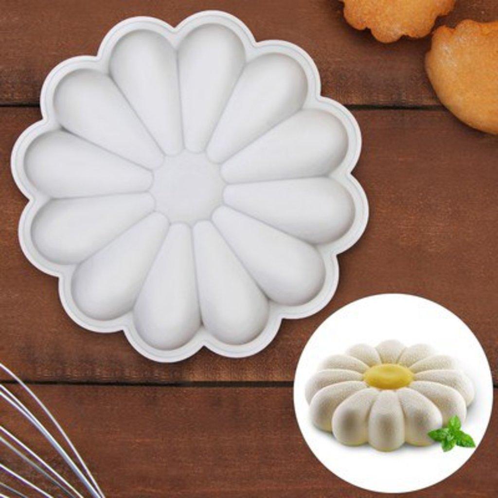 3d формы: Форма для выпечки и муссовых десертов. Размер 22*22(диаметр 20см). в ТортExpress