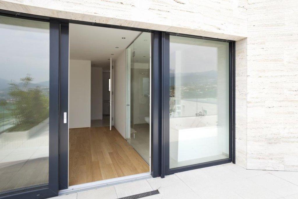 Входные двери: Раздвижные двери в ДЭКО, производственная компания