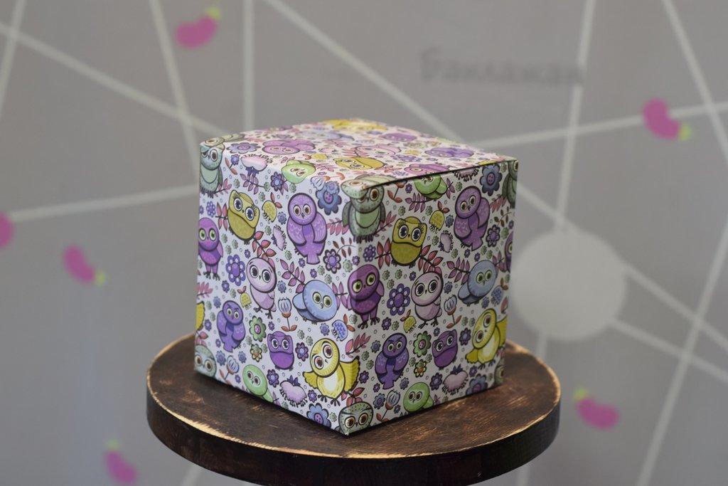 """Подарочная упаковка: Подарочная коробка под кружку """"Совушки"""" в Баклажан, студия вышивки и дизайна"""