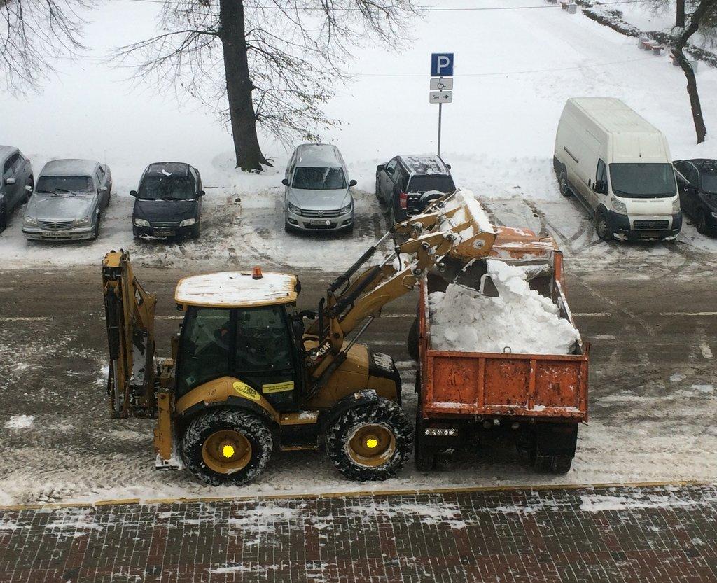 Вывоз снега: Вывоз снега в А-профиль, капитальный ремонт и строительство