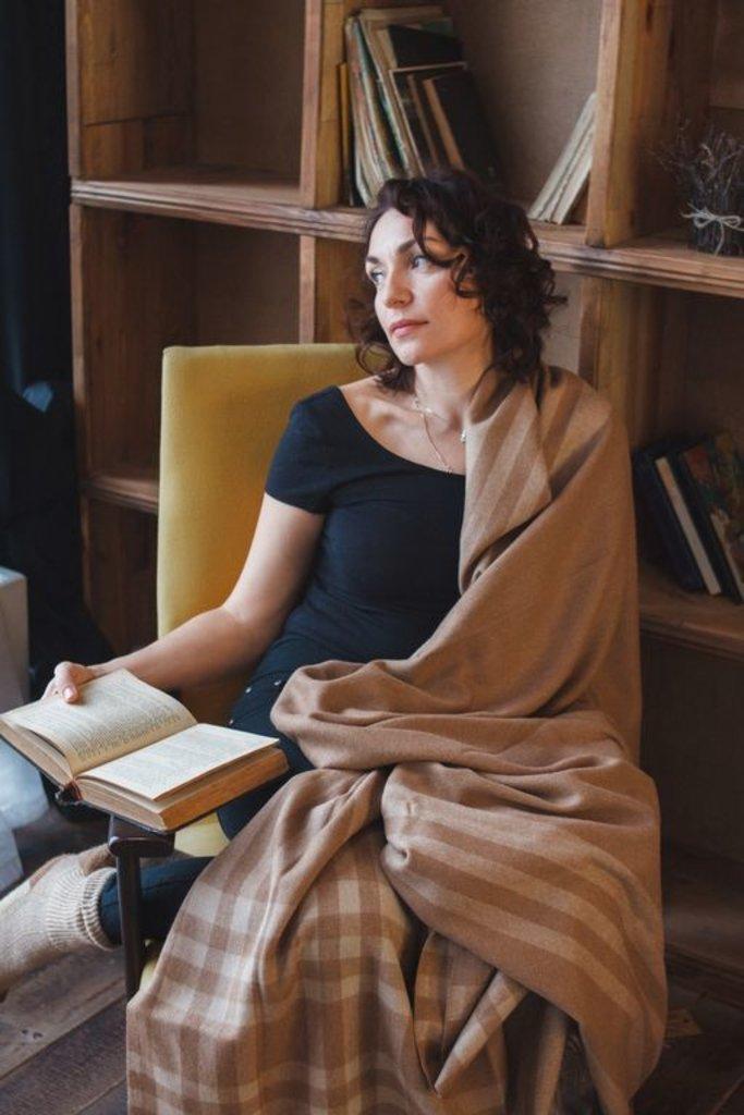 Одеяла и пледы: Плед из 100% шерсти верблюда в Сельский магазин