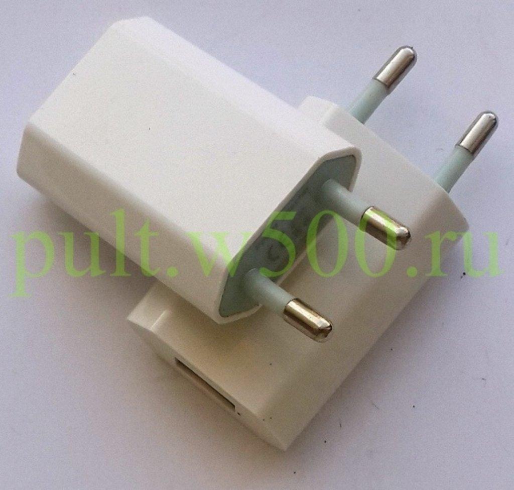 Сетевые зарядные устройства для телефонов: Сетевое зарядное устройство USB  1 выход 5В, 1A, белый, тонкий в A-Центр Пульты ДУ