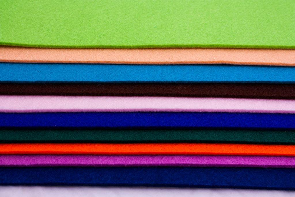 Фетр: Folia Фетр 3,5мм  30*45см  абрикос 1лист в Шедевр, художественный салон