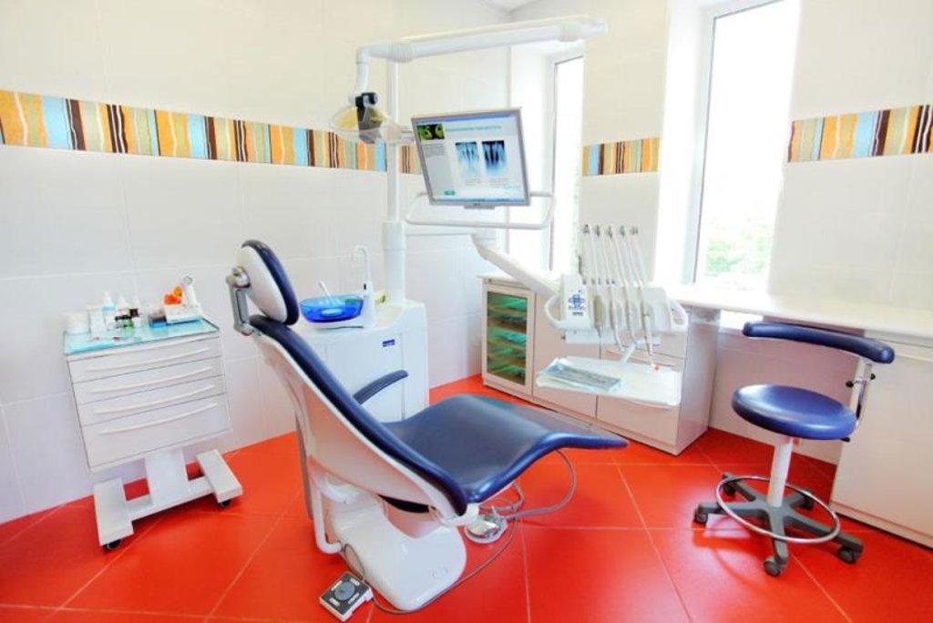 Стоматологические услуги: Стоматологическая клиника в Жемчужина, сеть стоматологических центров, Альфа, ООО