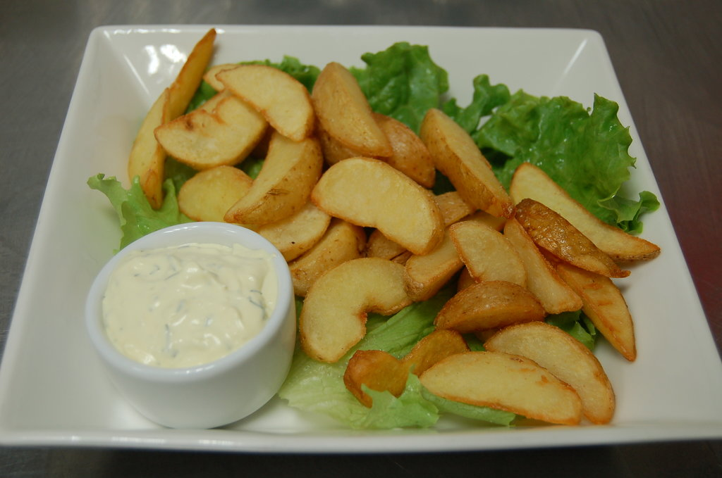 Закуски: Картофель по деревенски в Restorant SH