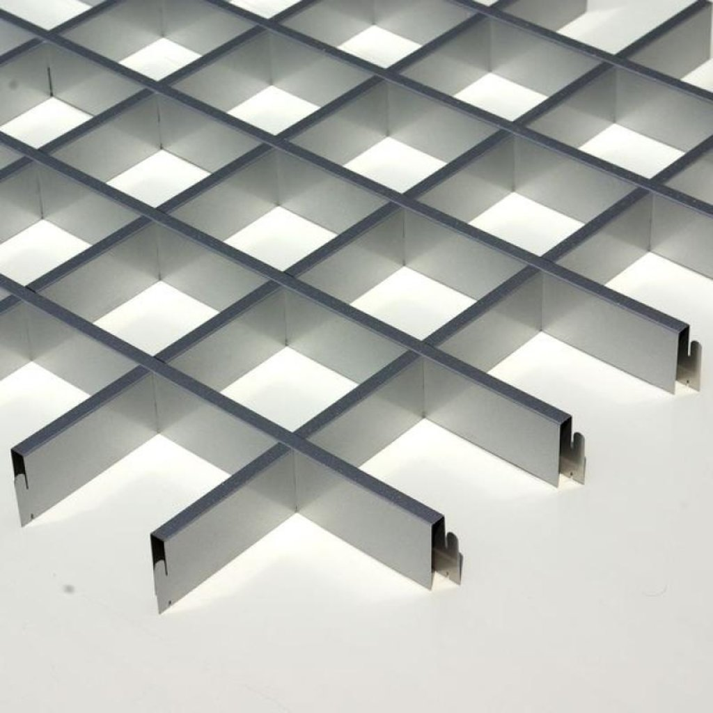 Потолки грильято: Потолок Грильято 150x150 h=40 серебристый металик RAL 9007 (Cesal) в Мир Потолков