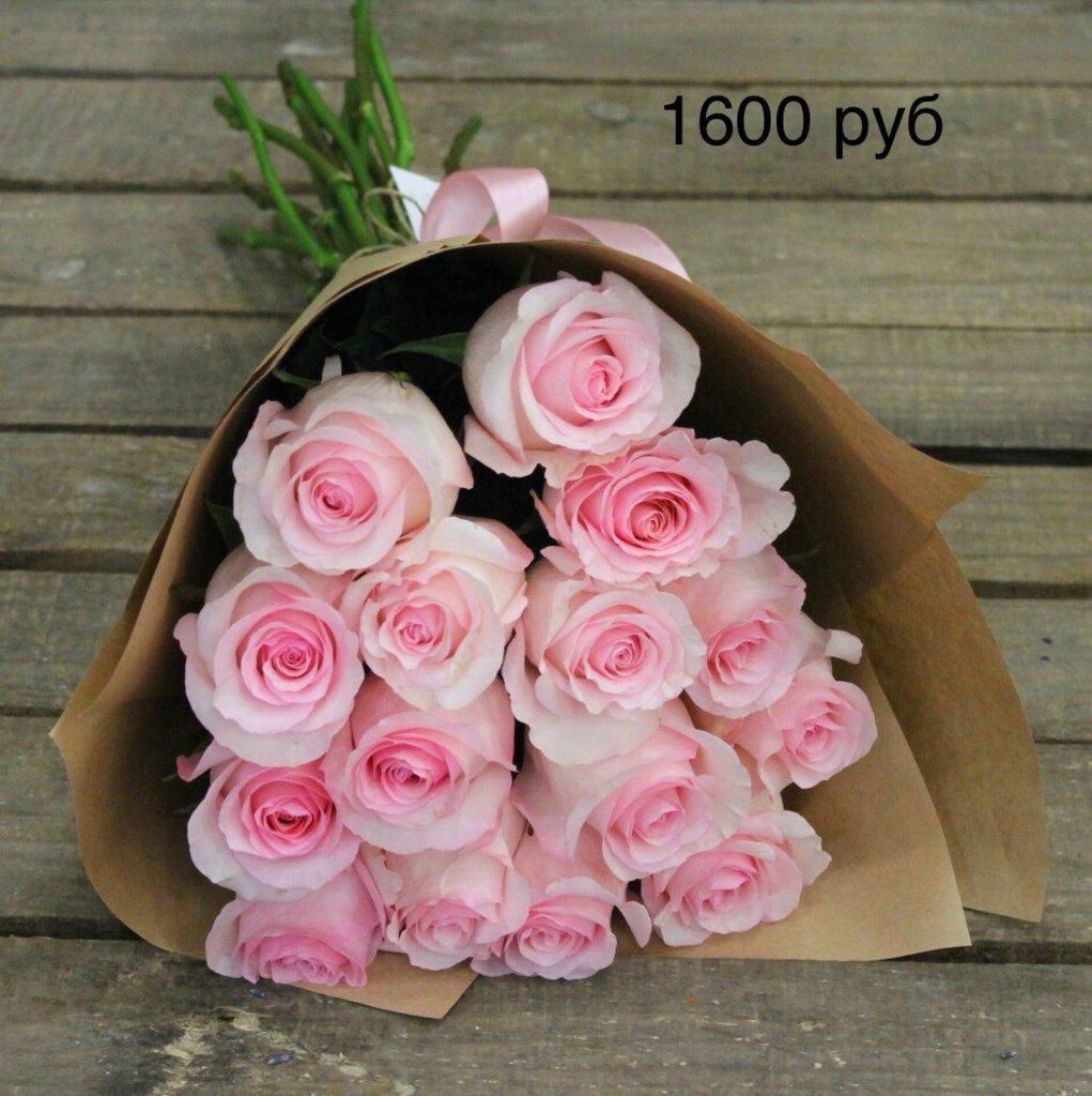 Букеты: Букет роз в Николь, магазины цветов