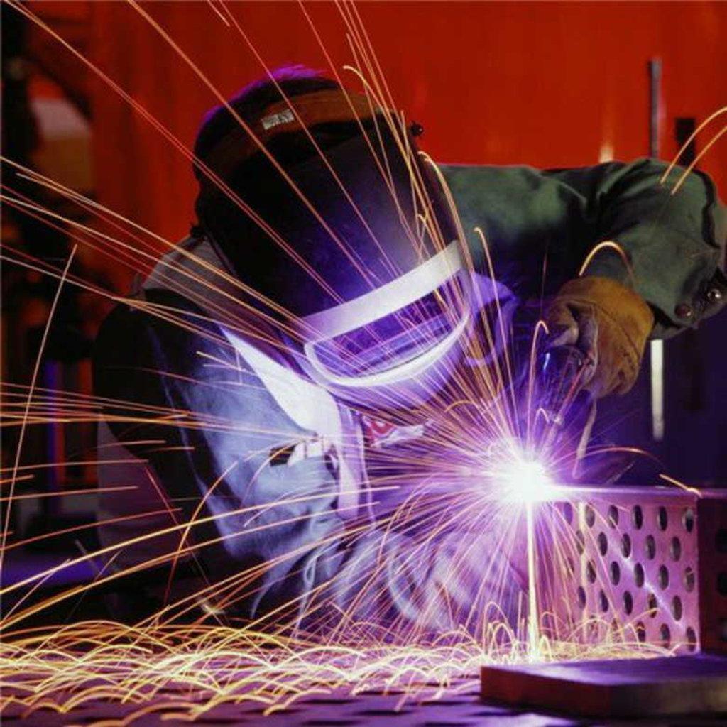 Строительные работы: Работы сварочные в А-профиль, капитальный ремонт и строительство