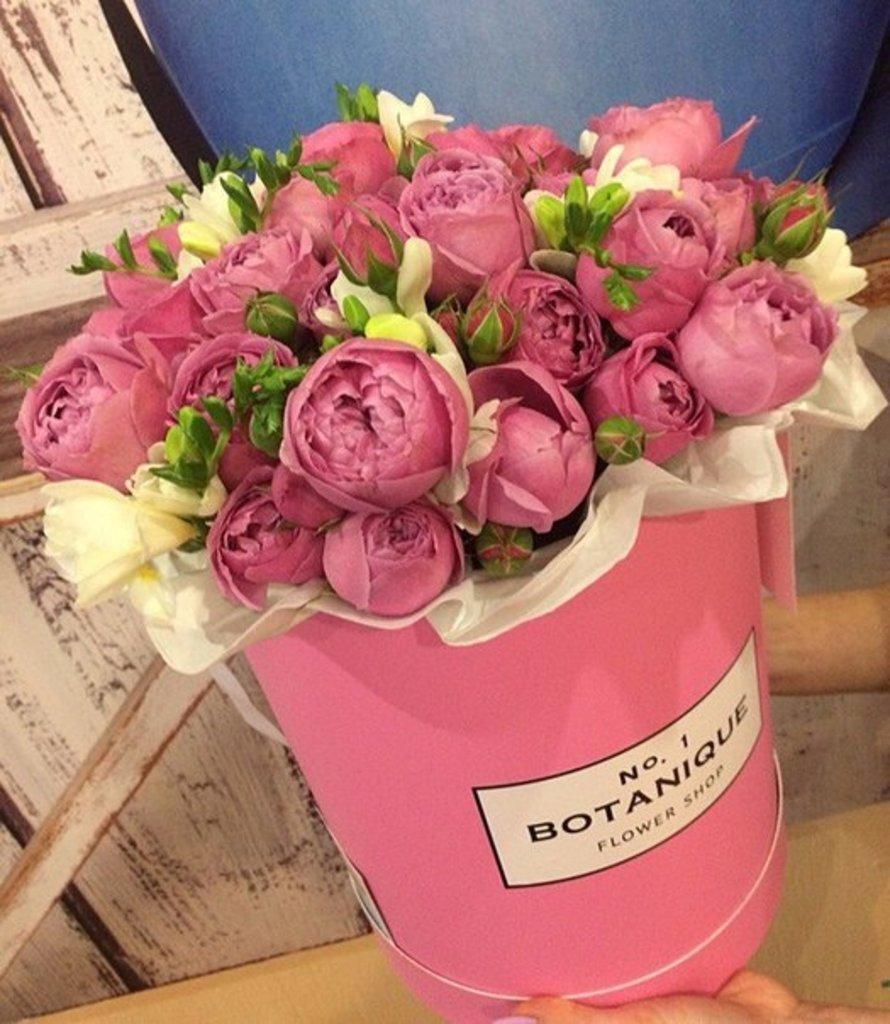 """Premier: """"Premier"""" Пионовидная роза+Фрезия в Botanique №1,ЭКСКЛЮЗИВНЫЕ БУКЕТЫ"""