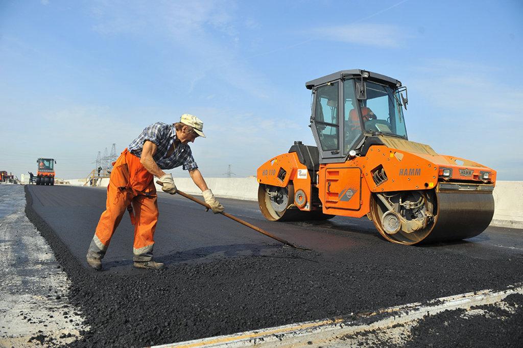 Строительство и ремонт дорог: Проведение дорожно строительных работ в Магистраль, ООО