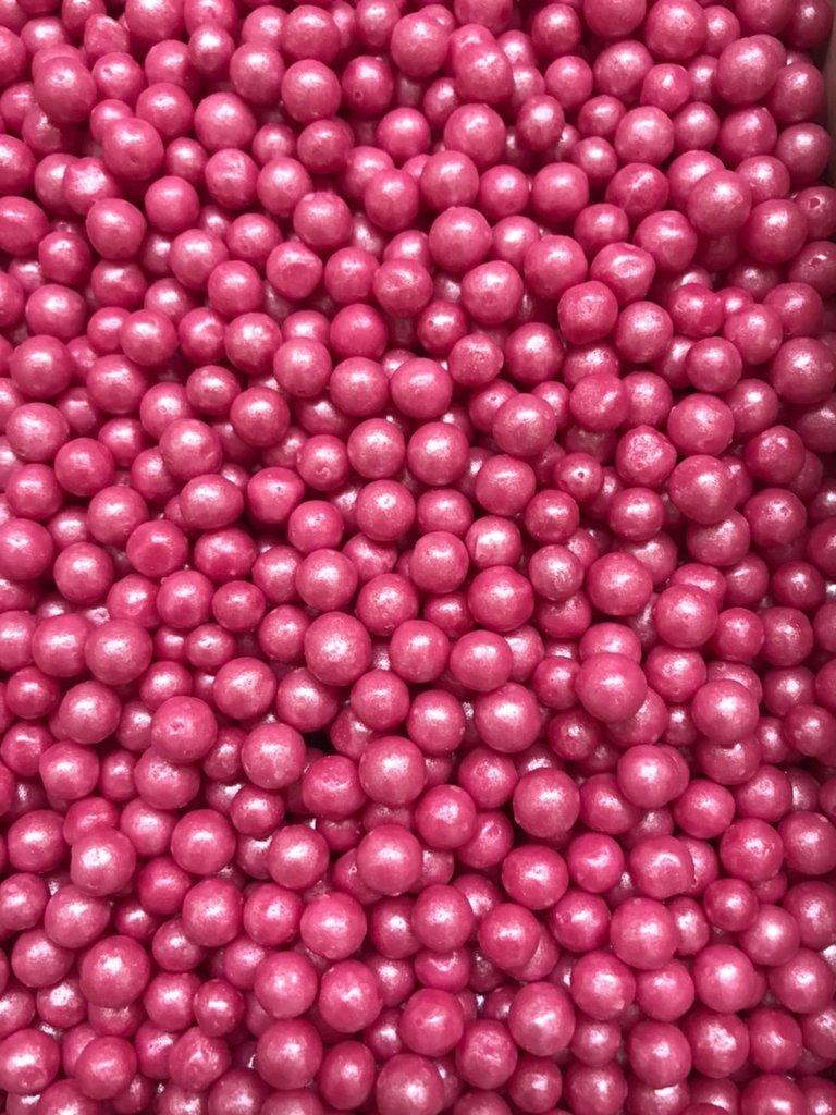 Посыпки декоративные: Посыпка Драже зерновое Жемчуг малиновый  6-8мм 100г в ТортExpress