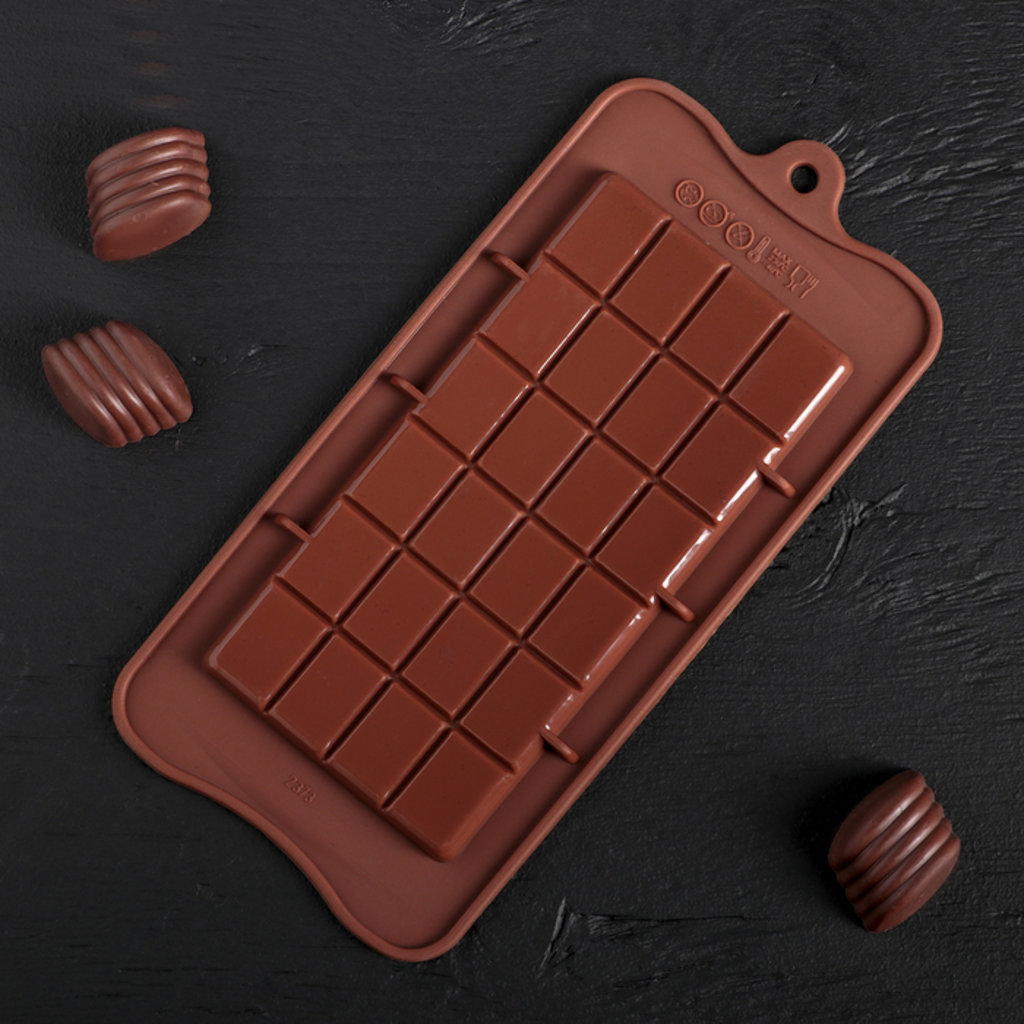 """Силиконовые формы для льда, шоколада и мармелада: Силиконовая форма для льда и шоколада """"Плитка"""" в ТортExpress"""