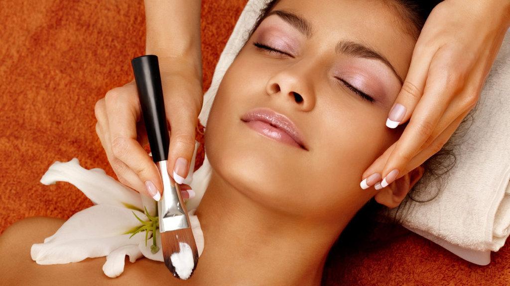 Косметологические услуги: Косметические программы по уходу за лицом на различных известных косметических брендах в Косметический кабинет