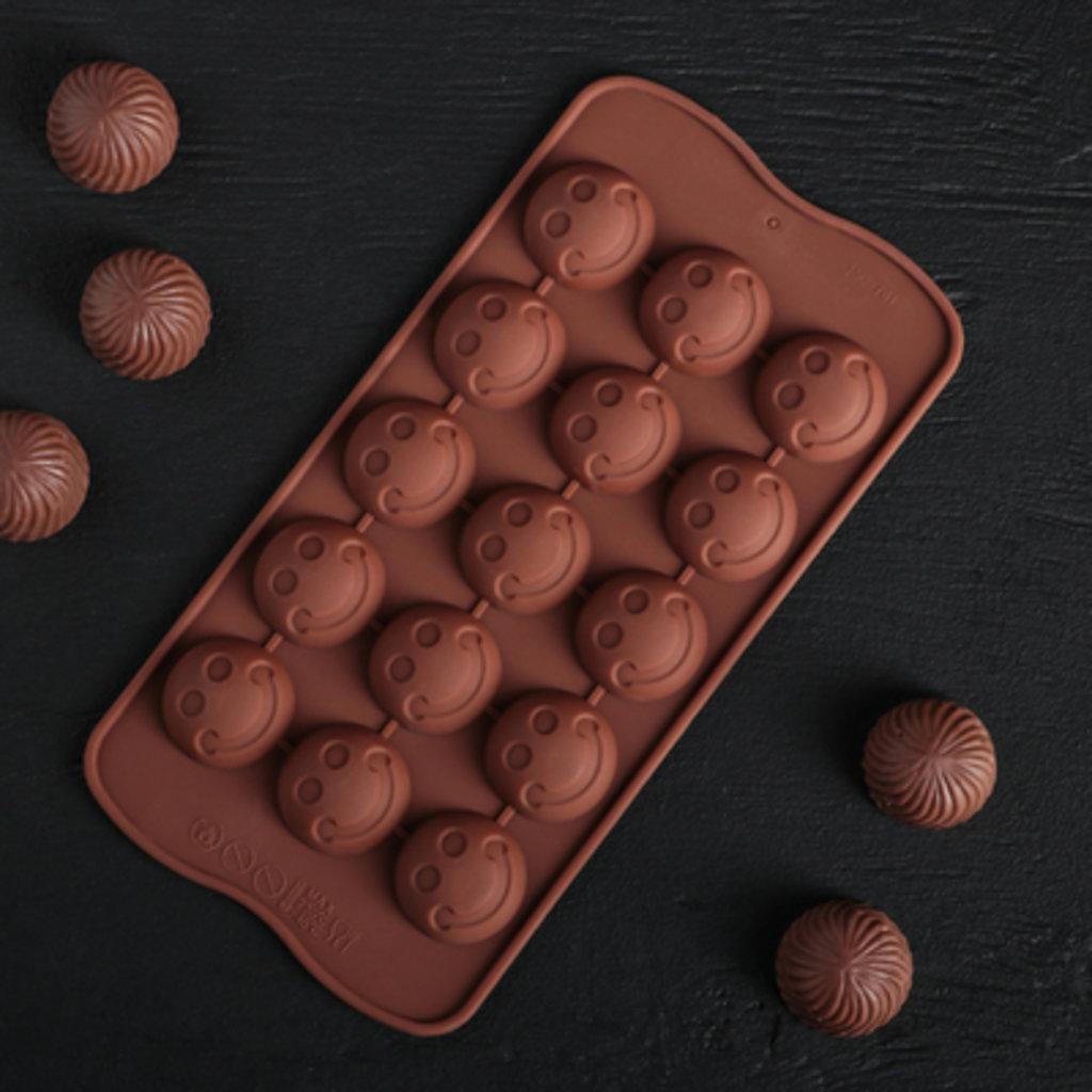 """Силиконовые формы для льда, шоколада и мармелада: Форма для льда и шоколада """"Шарик смайл"""", 15 ячеек в ТортExpress"""