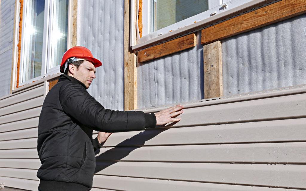 Фасадные работы: Монтаж сайдинга с утеплителем в FloMASTER, ООО