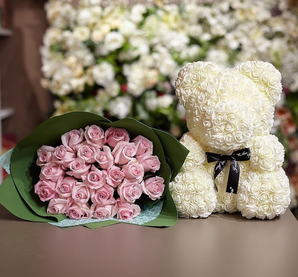 Новинки: Мишка из роз белый 25см в коробке в Мой флакон