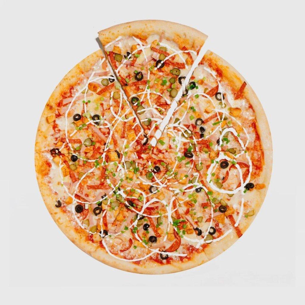 Пицца на тонком тесте: Пицца Мясной Boom в Сбарро