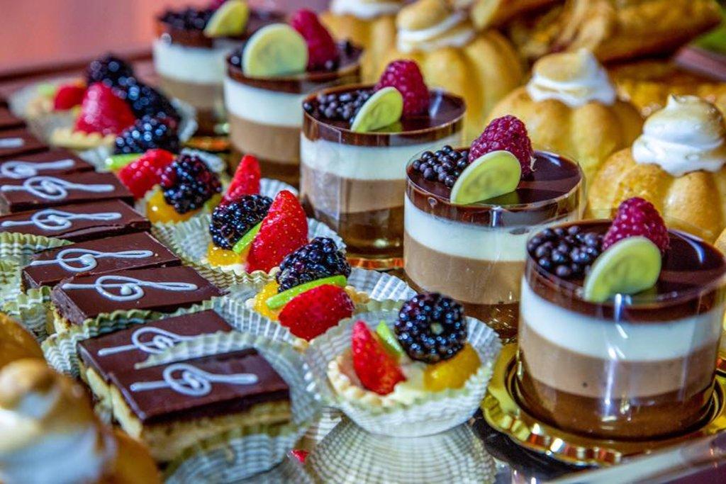 Меню: Пирожное в Тортинка'фе, кафе, булочная-кондитерская