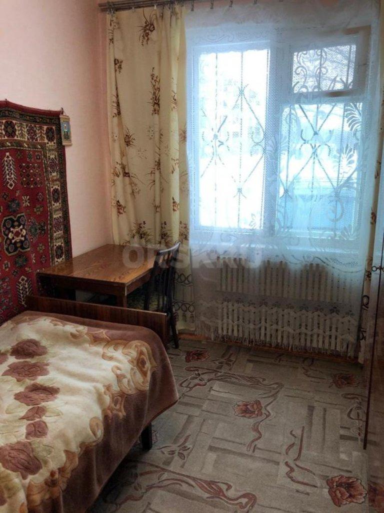 4-комн. квартира: г. Орск, ул. Короленко, д. 134В в Континент