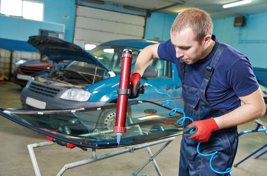 Установка и ремонт автостекол: Ремонт автостекол в Автостекло