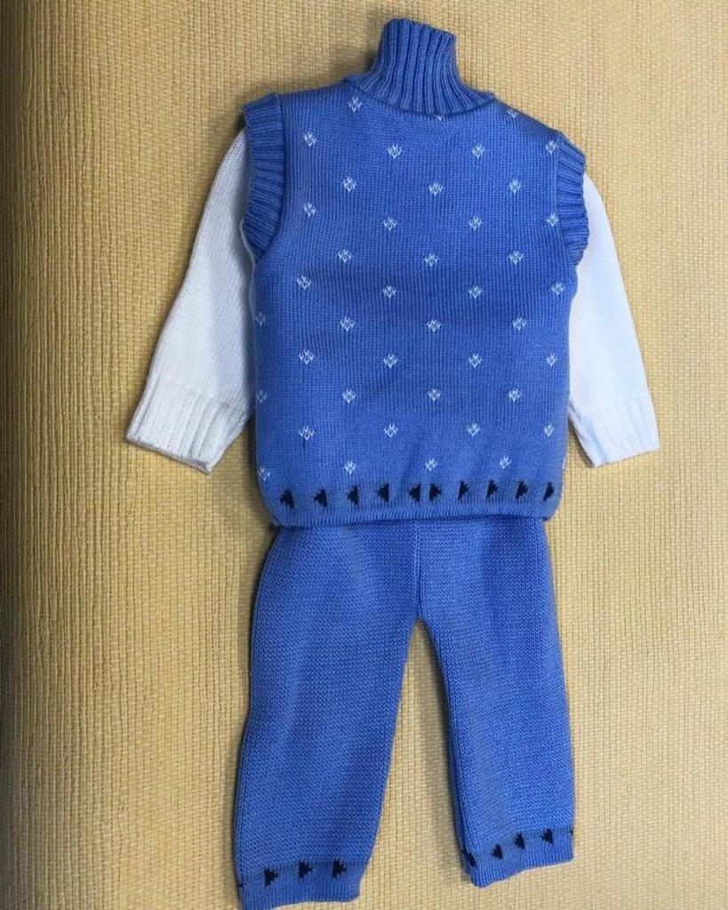 Одежда для новорожденных: Костюм детский: жилетка, кофта, штанишки в Детский универмаг