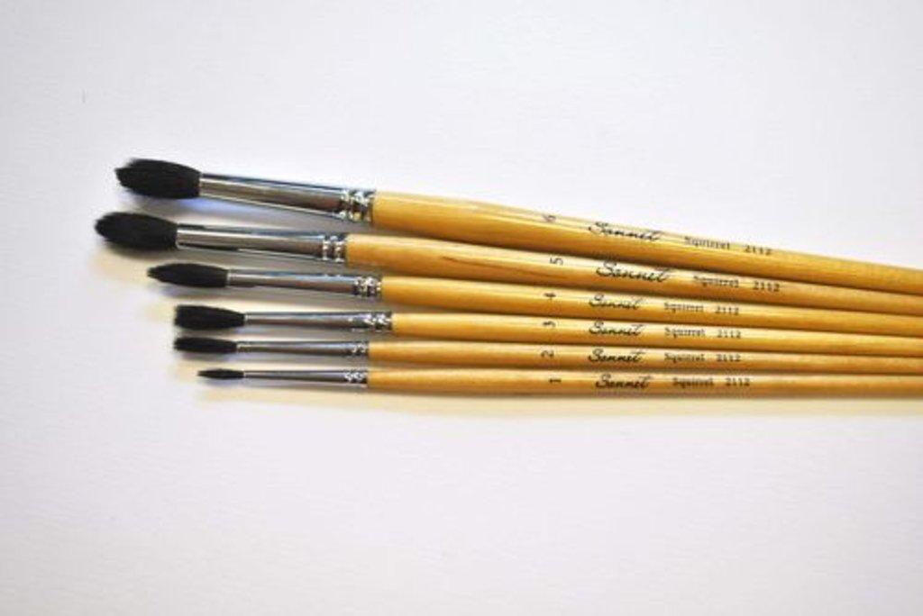 Кисти белка: Кисть белка круглая короткая ручка, пропитанная лаком Сонет №3 в Шедевр, художественный салон