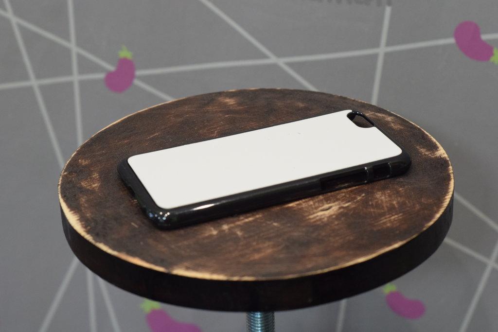 Чехлы: Пластиковый чехол для Iphone 6 в Баклажан, студия вышивки и дизайна
