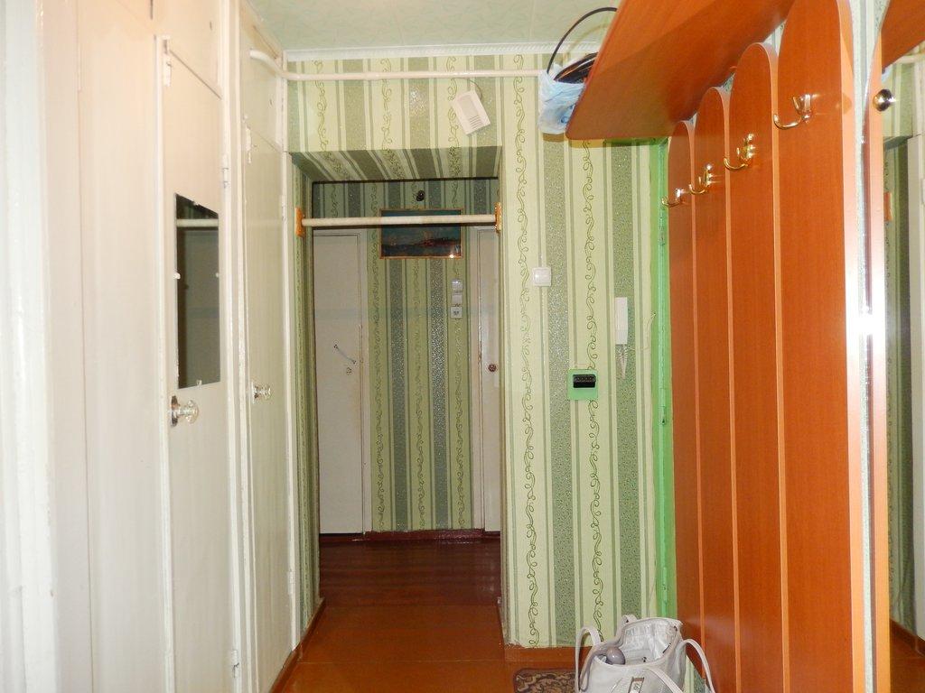 2-комн. квартира: 2-комнатная квартира проспект Победы дом 68 в Перспектива, АН