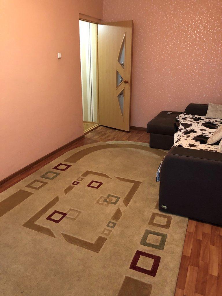 2-комн. квартира: Орск, ул. Короленко, 134В в Континент