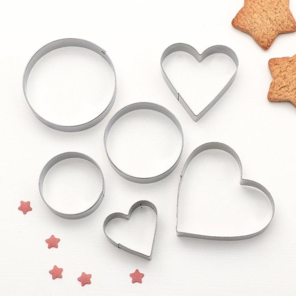 Кондитерский инвентарь: Набор форм для вырезания печенья Сердце, круг 6шт в ТортExpress