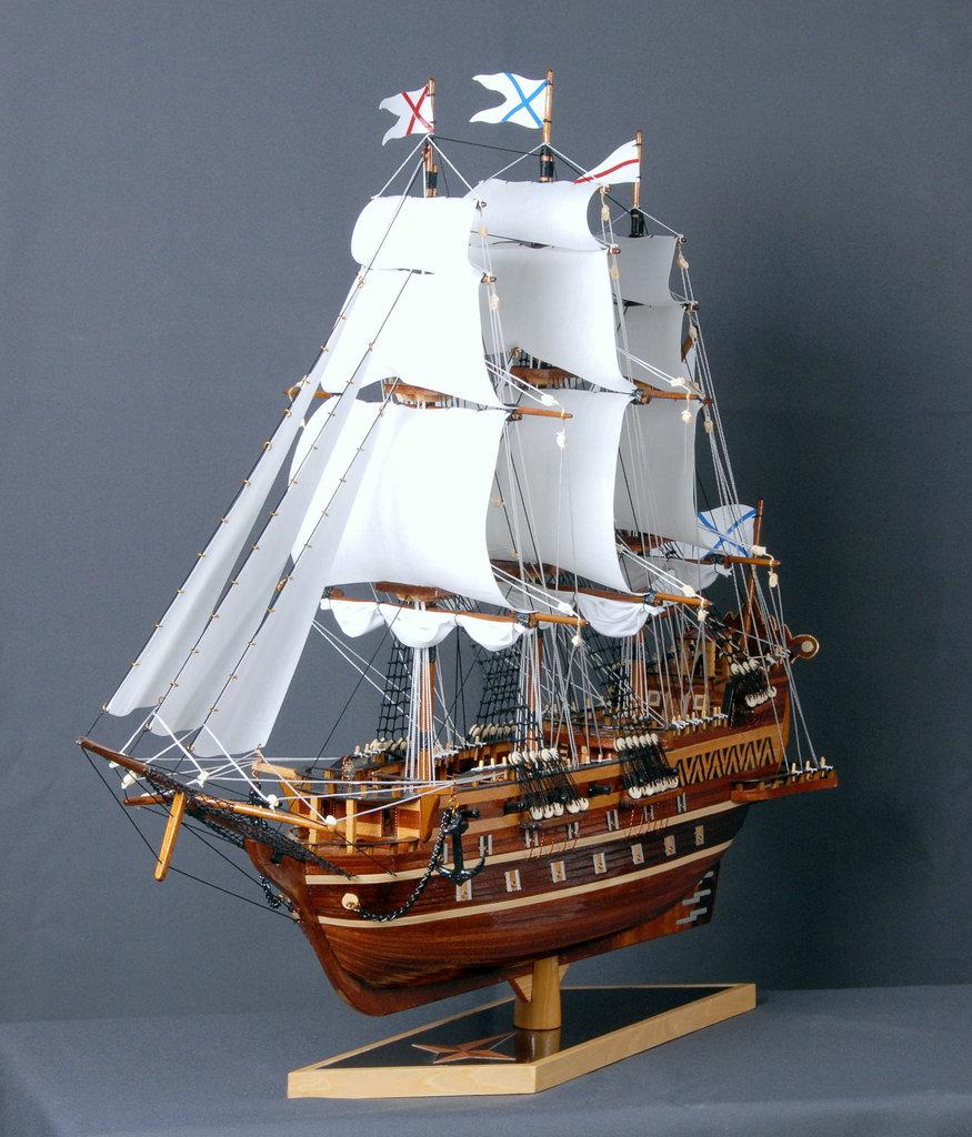 Модели кораблей: Фрегат с андреевским флагом в Модели кораблей