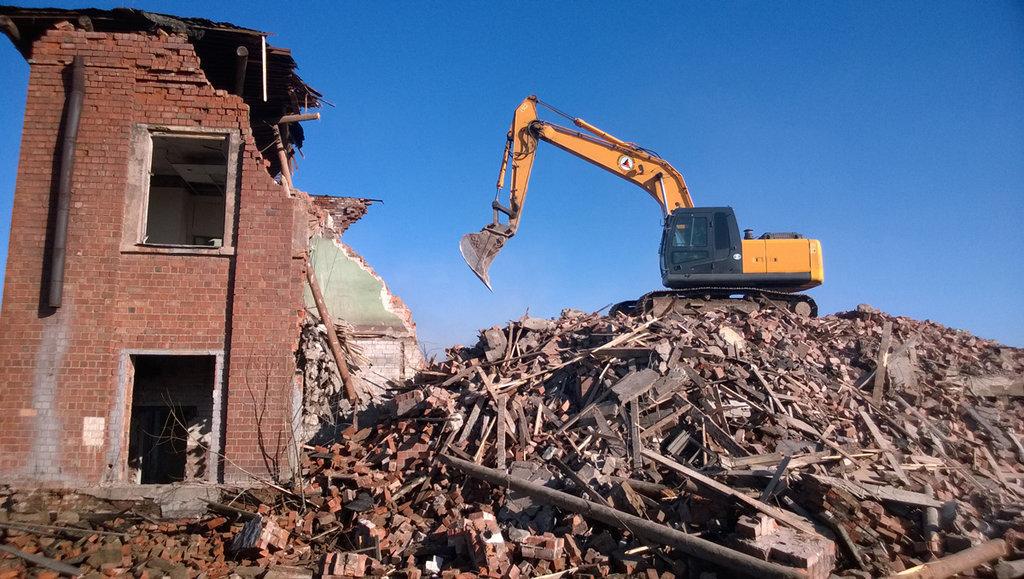 Демонтажные работы: Профессиональный демонтаж зданий и сооружений в Магистраль, ООО