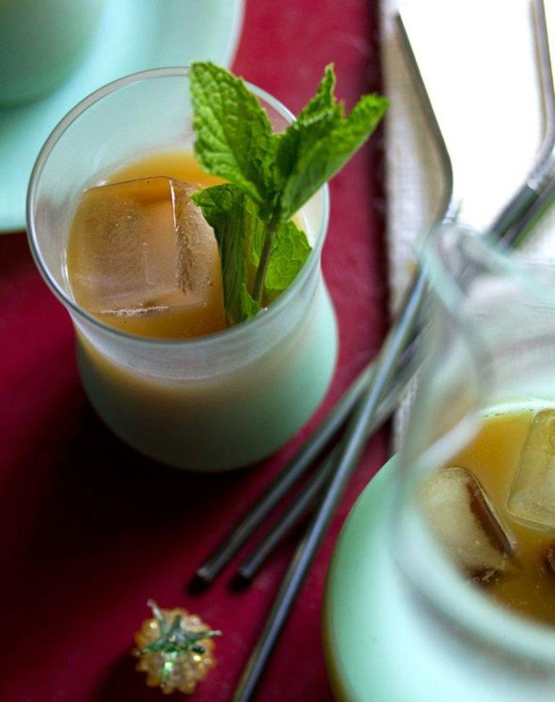 Напитки: Чай со льдом в Ganga