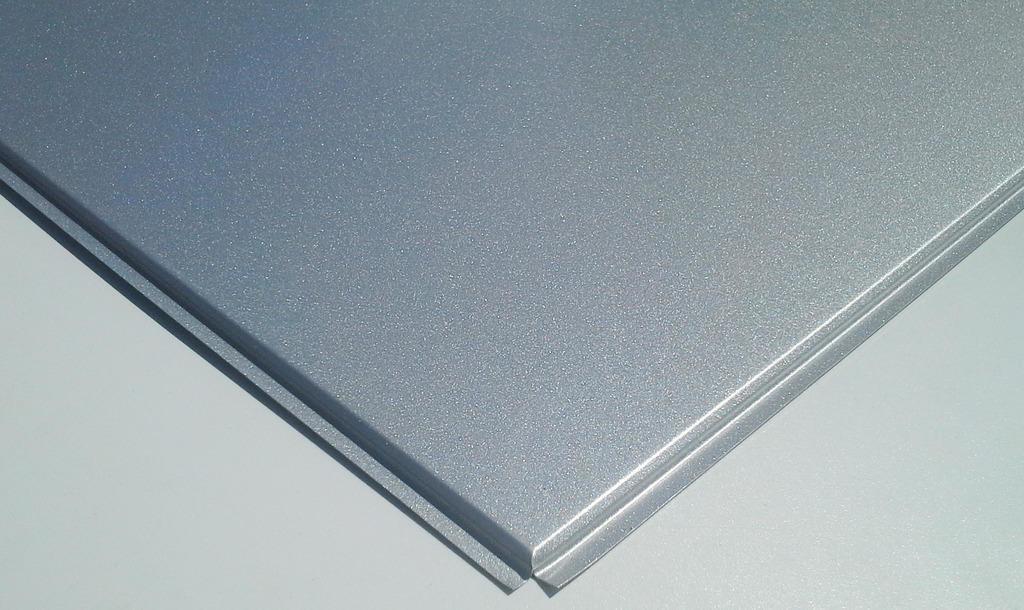 Кассетные металлические потолки: Кассетный потолок Cesal  3313 Line (Board) металлик  rus Эконом 600x600 в Мир Потолков