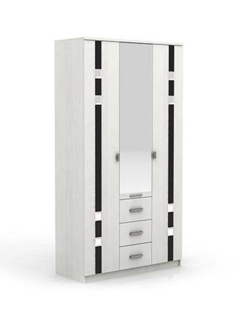Шкафы для спальни: Шкаф 3-х створчатый Николь в Стильная мебель