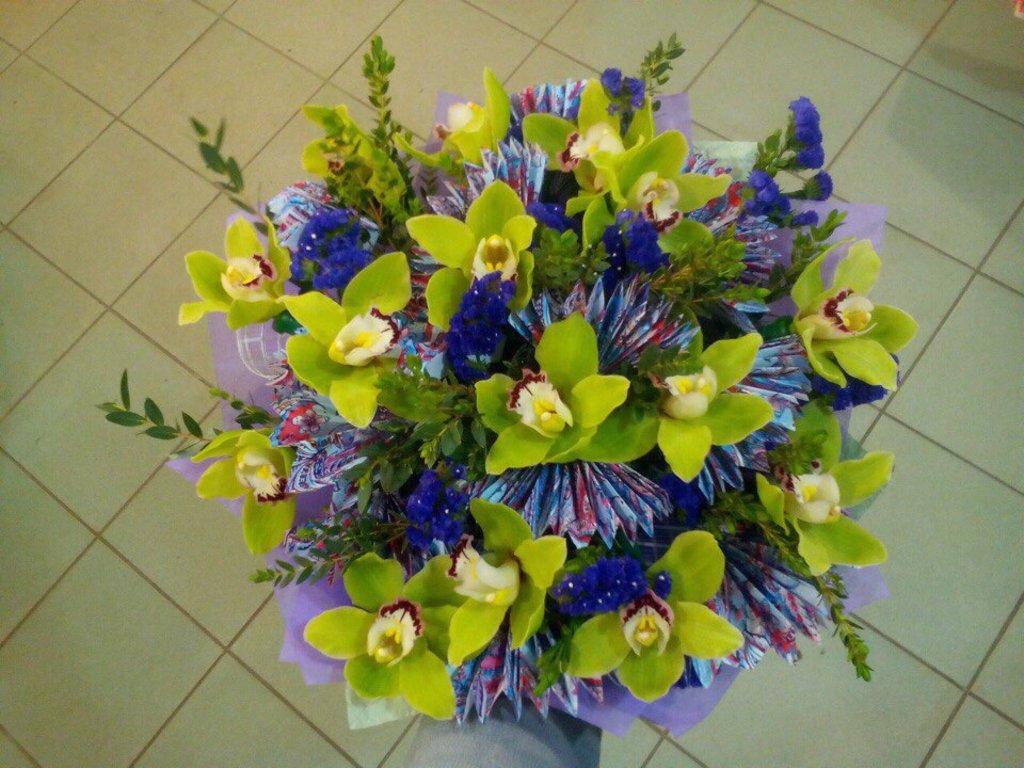 Букеты: Букет № 7 в Николь, магазины цветов