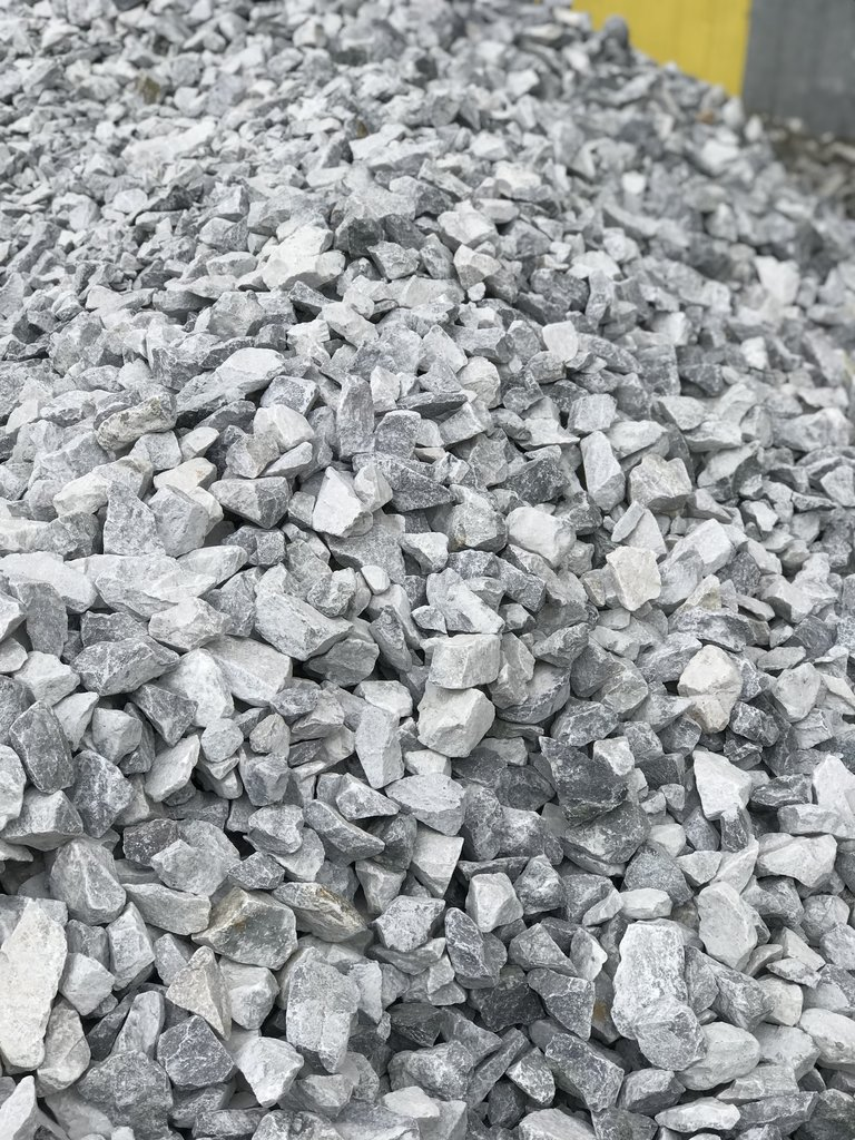 Галька, щебень: Доломитовый щебень фр.20-70мм (50кг) в 100 пудов