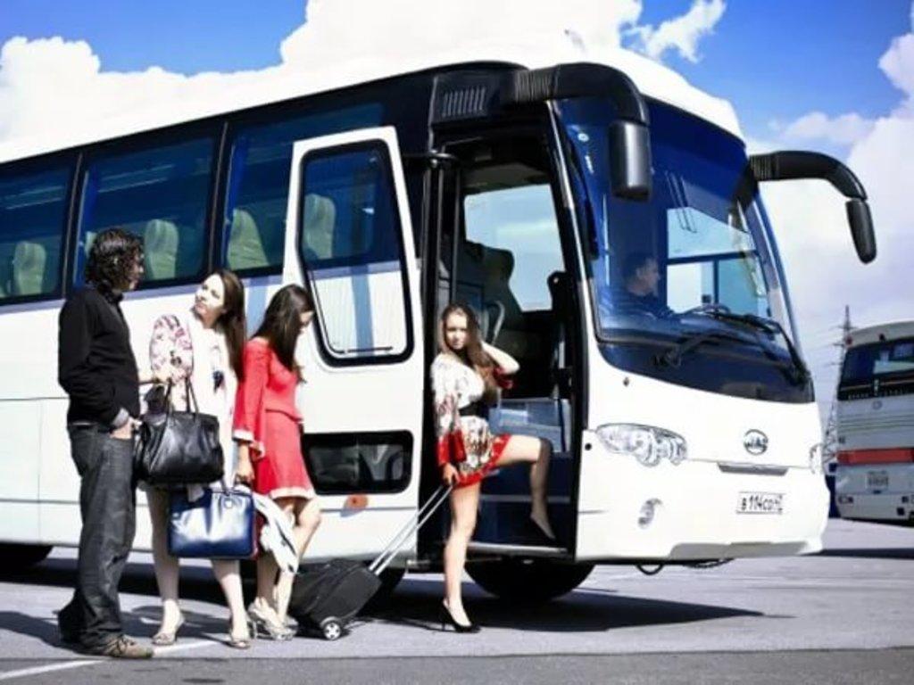 Заказ автобусов: Перевозка пассажиров в Автобусы на заказ , ООО Междуречье Авто