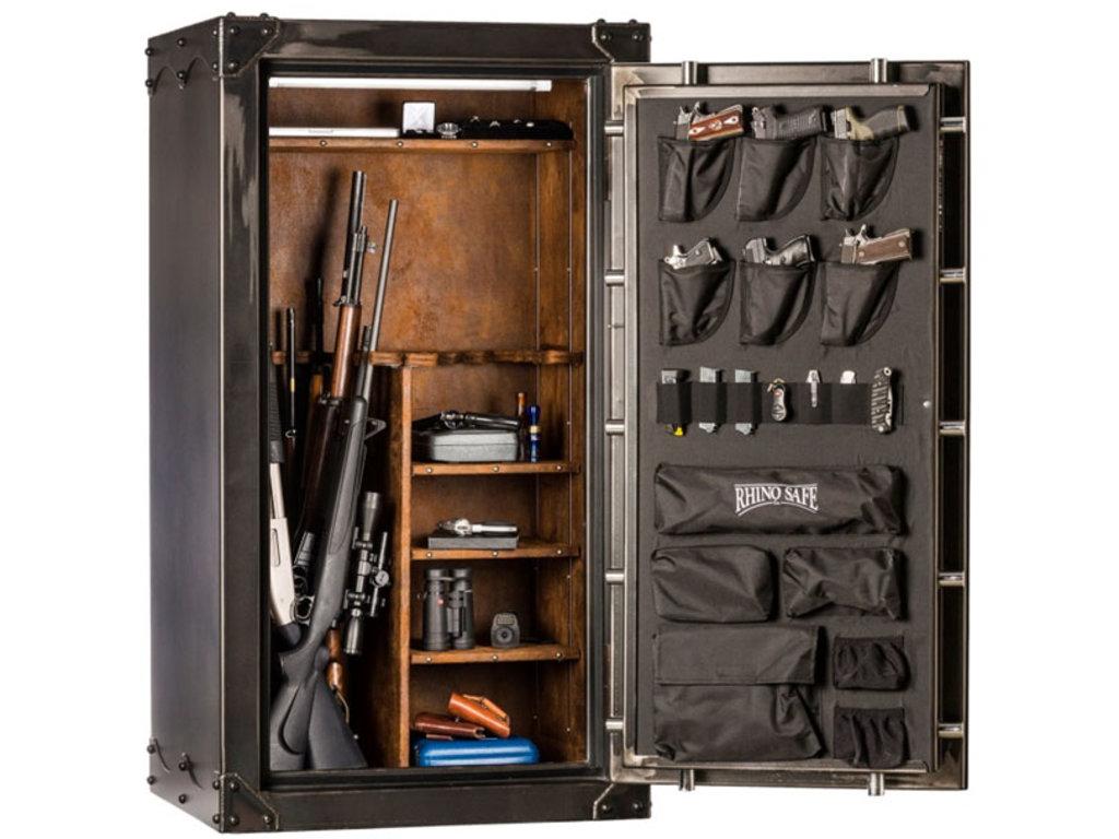 Охотничьи принадлежности, оружие: Сейф в Барс-1, магазин по продаже оружия, ЗАО
