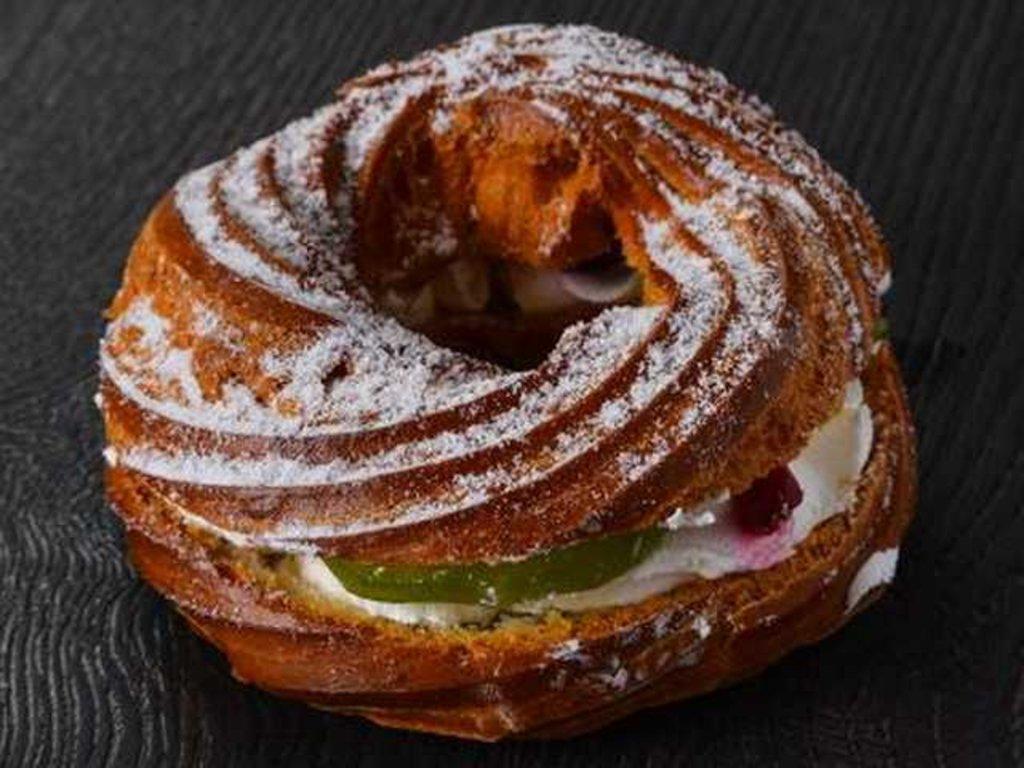 Пирожные: Заварное кольцо в Провиант