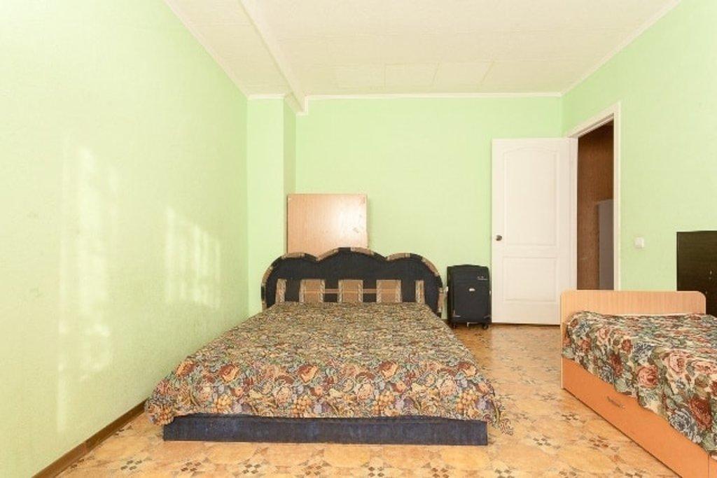 Двухкомнатные квартиры: Двухкомнатная квартира улица Ладо Кецховели, 58б в Эдем